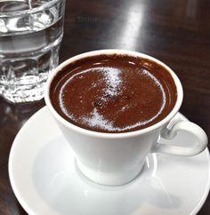Timeless taste, Baklava at Gaziantep… Turkish Coffee Reading, Turkish Coffee Cups, Arabic Coffee, Turkish Tea, Albanian Recipes, Turkish Recipes, Albanian Food, I Love Coffee, Coffee Time