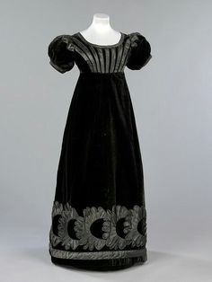 Robe de soirée de deuil, 1823-25 Ecosse