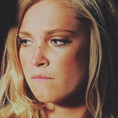 Eliza Taylor Gif Hunt Under the cut are 347 Mostly HQ gifs of Eliza Taylor including updated gifs from season 3 of The I do not own any the gifs unless stated otherwise and will happily credit. Eliza Taylor, Eliza Jane Taylor Cotter, Clarke The 100, Lexa Y Clarke, The 100 Cast, The 100 Show, Clark Griffin, Goodbye For Now, Bob Morley