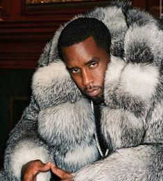 Sean Diddy Combs, Puff Daddy, Mens Fur, Stay Strong, Mens Clothing Styles, Fur Trim, Dark Skin, Mantel, Hip Hop
