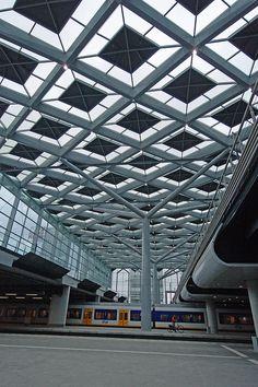 Den Haag Centraal Station, Solar Roof.