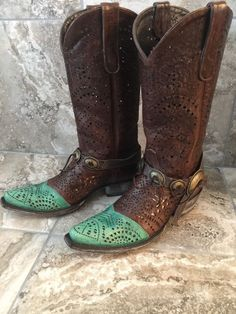 The Old Gringo® Strecher boot has an eye-catching, fashion-forward style that the modern cowgirl will truly love. (Note: The hand-crafted boot bling is not included w/the boots.). Old Gringo also develops and tans its own leathers and textures to make sure the end result is a super high quality product.   eBay!