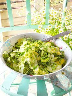 Zucchinisalat mit Brokkolipesto