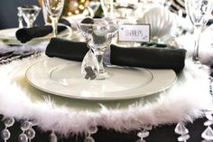 52 Cool And Sparkling New Year Table Settings : 52 Beautiful And Sparkling New Year Table Settings With Black And White Tableware And Silver...