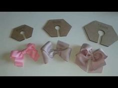 Laço Kanzashi 1 By Tatiana Kar - Diy Crafts - Qoster Ribbon Hair Bows, Diy Hair Bows, Diy Bow, Diy Ribbon, Ribbon Work, Ribbon Crafts, Hair Bow Tutorial, Flower Tutorial, Fabric Bows