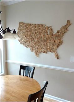 Wine Corks Reused - USA shaped wine cork wall art (approx. ~5x3) Learn how to make any shape using old corks. DIY re-purpose. Wine cork board. Cork Board Wine Corks, Cork Board Map, Cork Map, Wine Cork Art, Wine Bottle Corks, Wine Cork Crafts, Wine Art, Wine Bottle Crafts, Diy Corks