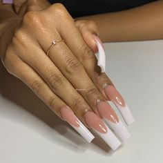 𝔞𝔫𝔤𝔢𝔩𝔞 𝔢𝔰𝔭𝔦🧿 on Inst Drip Nails, Aycrlic Nails, Glam Nails, Bling Nails, Love Nails, How To Do Nails, Hair And Nails, French Nails, Nailart French