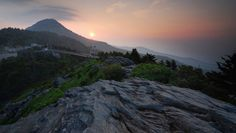 Surround yourself with breathtaking views at Grandfather Mountain. #VacationBIG