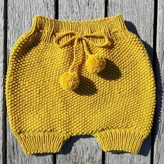 Baby Knitting Patterns, Baby Patterns, Stitch Patterns, Crochet Baby Bloomers, Baby Sewing, Boho Shorts, Knitwear, Knit Crochet, Rompers