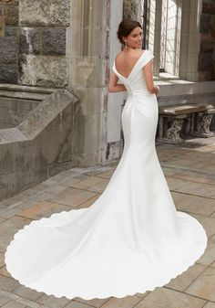 Browse Blu collection for signature Wedding Dresses & Bridal Gowns collection from Classic Morilee Collection. Choose your best wedding dress & gown now. Plain Wedding Dress, Mori Lee Wedding Dress, Sheath Wedding Gown, Classic Wedding Dress, Bridal Wedding Dresses, Dream Wedding Dresses, Wedding Lace, Mermaid Dresses, Marie