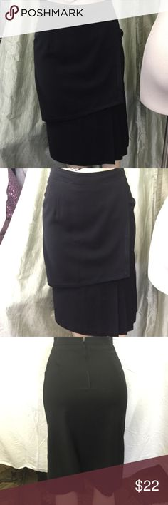 Black double layer skirt has a lot of detail Black doubl layer skirt Leaders Skirts Midi