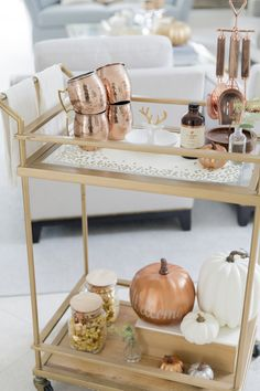 Fall Bar Cart: Everything Copper - Fashionable Hostess Diy Bar Cart, Gold Bar Cart, Bar Cart Decor, Bar Carts, 2017 Decor, Fashionable Hostess, Drink Cart, Beverage Cart, Drinks Trolley