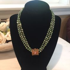 Fresh Water Pearl Necklace With Gorgeous Slide. Beaded Jewelry Designs, Bead Jewellery, Necklace Designs, Small Necklace, Initial Pendant Necklace, Beaded Necklace, Emeralds, Fresh Water, Necklaces
