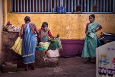 Local #ladies selling flowers for temple services | Temple Street Gokarna #India | 2016 | #D810 #PhotoshopCC #TopazLabs #niksoftware #incredibleindia #binoygeorgephotography #_beyondpixels_  #photooftheday  #travelindia #discoverindia  #streetphotographyindia #streetlife #street #travelphotography #colors #shades #earthcolors #India #streetvendors