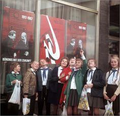 DDR - Fest der Freundschaft Leipzig 1967 Bilder: Poster von Klaus Morgenstern bei Posterlounge.de