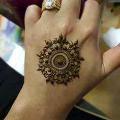 simple mehndi on the back of your hand