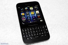 BlackBerry Q5 review: Cheaper Young Berry