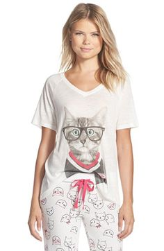 Free shipping and returns on COZY ZOE Graphic V-Neck Slub Tee at Nordstrom.com. A cute cat graphic fronts a comfy V-neck tee cut from soft slub jersey.