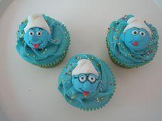 No nos pueden faltar nuestras cupcakes PITUFERAS!!