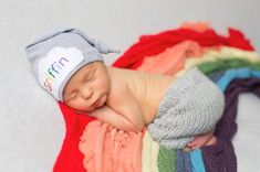 Rainbow baby - coming home outfit - Baby knot hat name - Personalized baby gift - baby photo props - Newborn Hat - Baby photo prop Baby Knot Hat, Baby Hats, Baby Coming Home Outfit, Pregnant Mom, Newborn Pictures, Newborn Pics, Rainbow Baby, Personalized Baby, Baby Sleep
