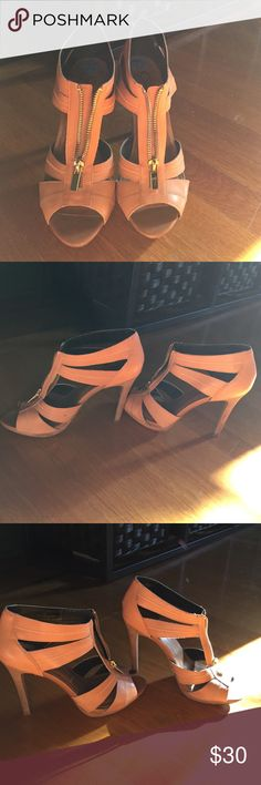Jessica Simpson strappy heel Nude strappy sandal heels. Gold zipper detailing Jessica Simpson Shoes Heels