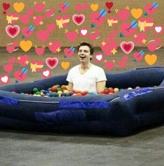 You are the daughter of the one and only Tony Stark and Christmas is just around the corner! You get to spend all Christmas break with the Avengers and your cr. Sebastian Stan, Ver Memes, Memes Br, Avengers Memes, Marvel Memes, Bucky Barnes, Marvel Funny, Marvel Avengers, Heart Meme