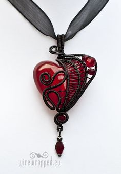 Exhilarating Jewelry And The Darkside Fashionable Gothic Jewelry Ideas. Astonishing Jewelry And The Darkside Fashionable Gothic Jewelry Ideas. Wire Jewelry, Jewelry Crafts, Jewelry Box, Jewelery, Handmade Jewelry, Jewelry Necklaces, Jewelry Making, India Jewelry, Boho Jewelry