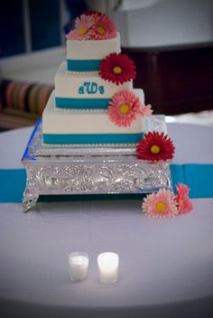 Pretty cake, simple and yummy