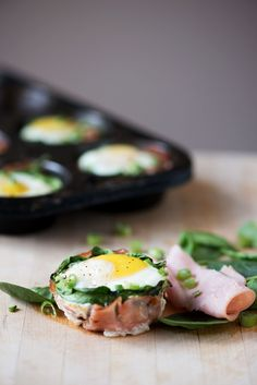 Baked Egg Cups | bsinthekitchen.com #eggs #breakfast #bsinthekitchen