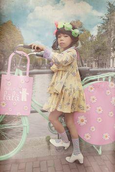 Fäfä 2014 spring/ summer Japanese kids fashion shot in Amsterdam