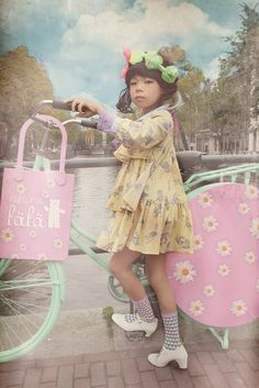 Fäfä 2014 spring/ summer Japanese kids fashion shot in Amsterdam