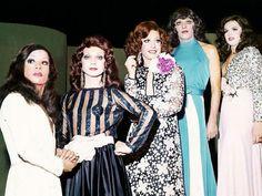 """A exposição """"Moda & Diversidade"""" celebra as relações homoafetivas e a inclusão dos transexuais no mundo da moda."""