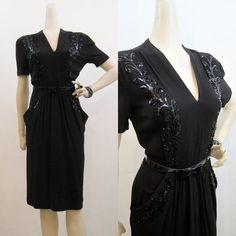 V neck forties dress