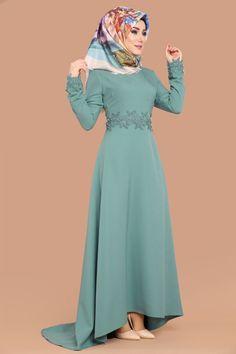 Muslim Fashion, Hijab Fashion, Skirt Fashion, Fashion Dresses, Hijab Gown, Hijab Stile, Culture Clothing, Nice Dresses, Formal Dresses
