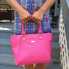 """Thirty-one Mini Diamond District NWT - Thirty-one Mini Diamond District in Candy Pink Pebble.  Comes with adjustable cross body strap.  Zipper closure, Two exterior pockets. Measures approximately 9.375"""" H x 9.5"""" L x 3.75""""D Thirty-one Bags Satchels"""
