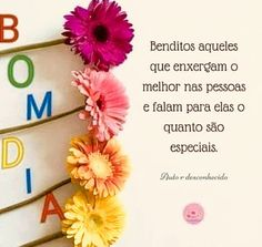 Bom dia meus amores! Sábado especial pra vocês 🌹👏🏻💝🌼💐💚🌷🌿🌸😘 Good Morning Quotes, Lettering, Instagram, Lovely Things, Gifs, Inspire, Morning Messages, Cell Wall, God Loves You