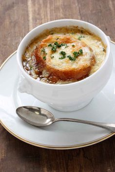 Soupe � L'oignon | 44 Classic French Meals You Need To Try Before You Die