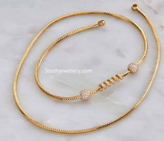 Gold Chain Design, Gold Bangles Design, Gold Jewellery Design, Gold Jewelry, Classic Bridal Jewellery, Bridal Jewelry, Couple Ring Design, Gold Mangalsutra Designs, Jewelry Model