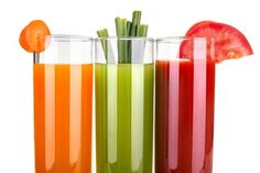 The Best Juicing Recipes for Beginners - Are you a newbie when it comes to eating healthy? Then we suggest starting with some great healthy juices. We've got some simple juicing recipes for beginners. Best Juicing Recipes, Juicer Recipes, Healthy Juices, Healthy Drinks, Healthy Eating, Detox Drinks, Healthy Foods, Healthy Life, Juice Smoothie