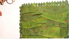 The banana leaf with fresh betel leaves on the sides, decorated on the wall Background Decoration, Leaf Decoration, Indian Wedding Theme, Baby Shower Backdrop, Different Shades Of Green, Mini Roses, Decorating Blogs, Mind Blown, Decorative Items
