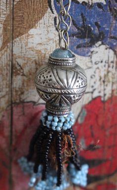 Tassel, Tribal Pendant, Borla by PelotasBeads on Etsy https://www.etsy.com/listing/539340406/tassel-tribal-pendant-borla