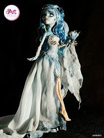 This is the most beautiful Corpse Bride Doll I've ever seen!!