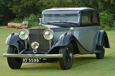 Vintage & Prestige cars Ltd. Dealers in Pre War & specialist vintage & more modern cars. Retro Cars, Vintage Cars, Antique Cars, Vintage Vespa, Bentley Rolls Royce, Rolls Royce Cars, Prestige Car, Classic Cars British, Rolls Royce Phantom