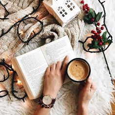 Christmassy fun #coffee and #books? Yes please! #writerslife Image via Tumblr