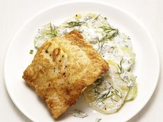 Pan-Fried Hake with Dill Potato Salad recipe from Food Network Kitchen via Food… Easy Salad Recipes, Fish Recipes, Healthy Recipes, Healthy Foods, Potato Salad Recipe Food Network, Food Network Recipes, Dill Potatoes, Creamed Cucumbers, Easy Potato Salad