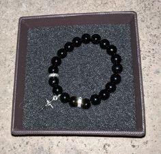 pulsera-de-la-cruz Diamond, Silver, Jewelry, Fashion, Diamond Necklaces, Leather Bracelets, Man Women, Rocks, Elegant