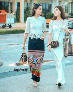 Myanmar Traditional Dress, Thai Traditional Dress, Traditional Dresses Designs, Traditional Outfits, Model Kebaya Modern, Thai Wedding Dress, Myanmar Dress Design, Thai Fashion, Mother Of The Bride Dresses Long