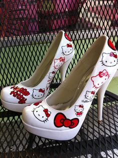 hello kitty!  style-me-beautiful
