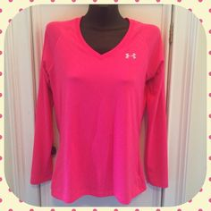 Under Armour Heat Gear Top Size M Semi Fitted Top.  Hot Pink.  Size M.  Long sleeves. V-neck Under Armour Tops Tees - Long Sleeve