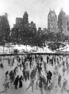 Edward Pfizenmaier. Wollman Rink, Central Park, New York, 1954